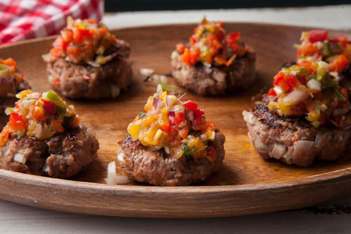 Smokey mini burgers (sliders) with spicy nectarine salsa
