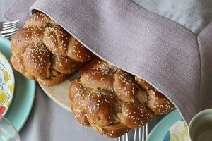 whole-wheat-challa