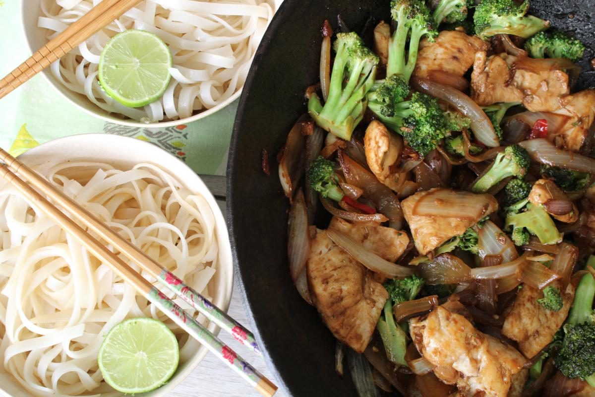 chicken-rice-noodles-lime-stir-fry