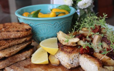 Mahi Mahi fish with pear tomato salad
