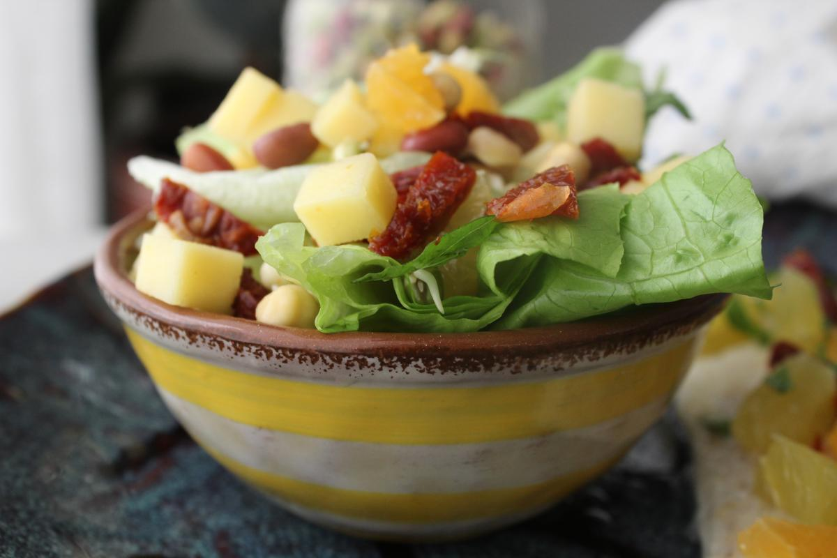citrus-tangerine-salad-sprouted-chickpeas-sprouted-beans