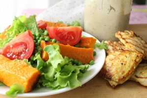 butternut-squash-peas-tomatoes-grilled-chicken-salad