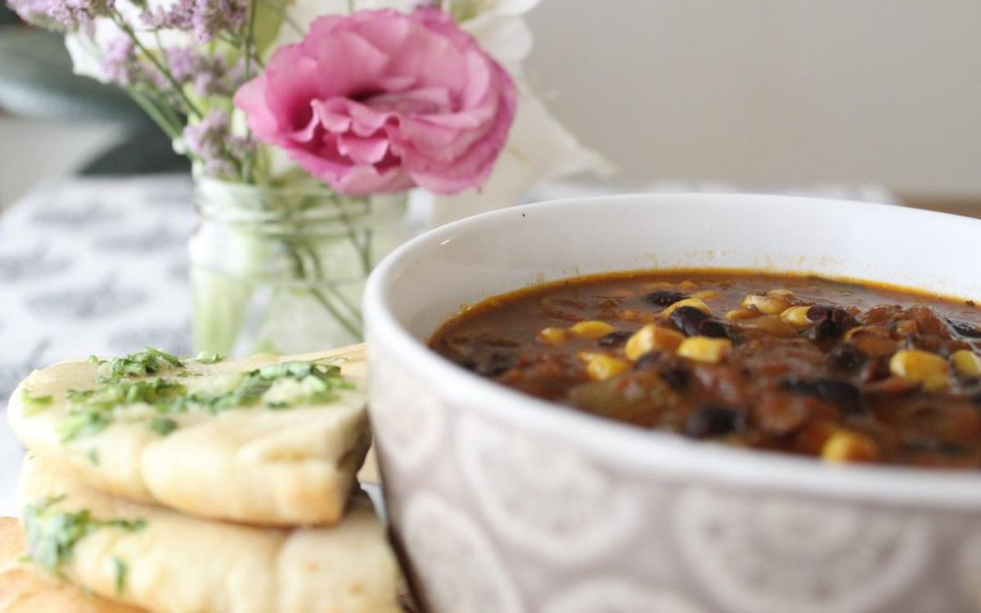 Black bean corn chicken soup and garlic pita knots