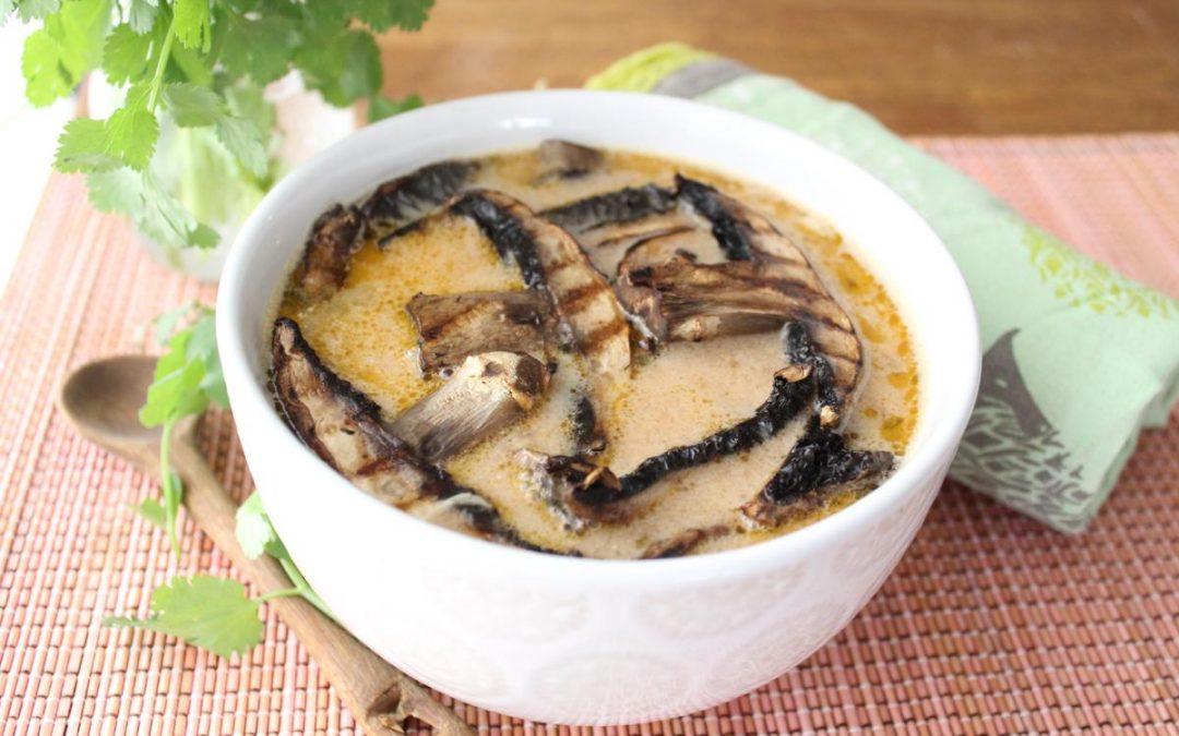 Thai grilled mushroom soup