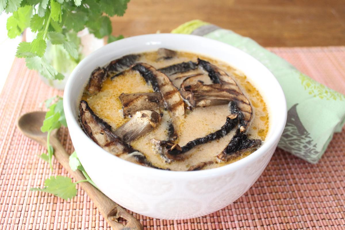 grilled-mushroom-thai-soup