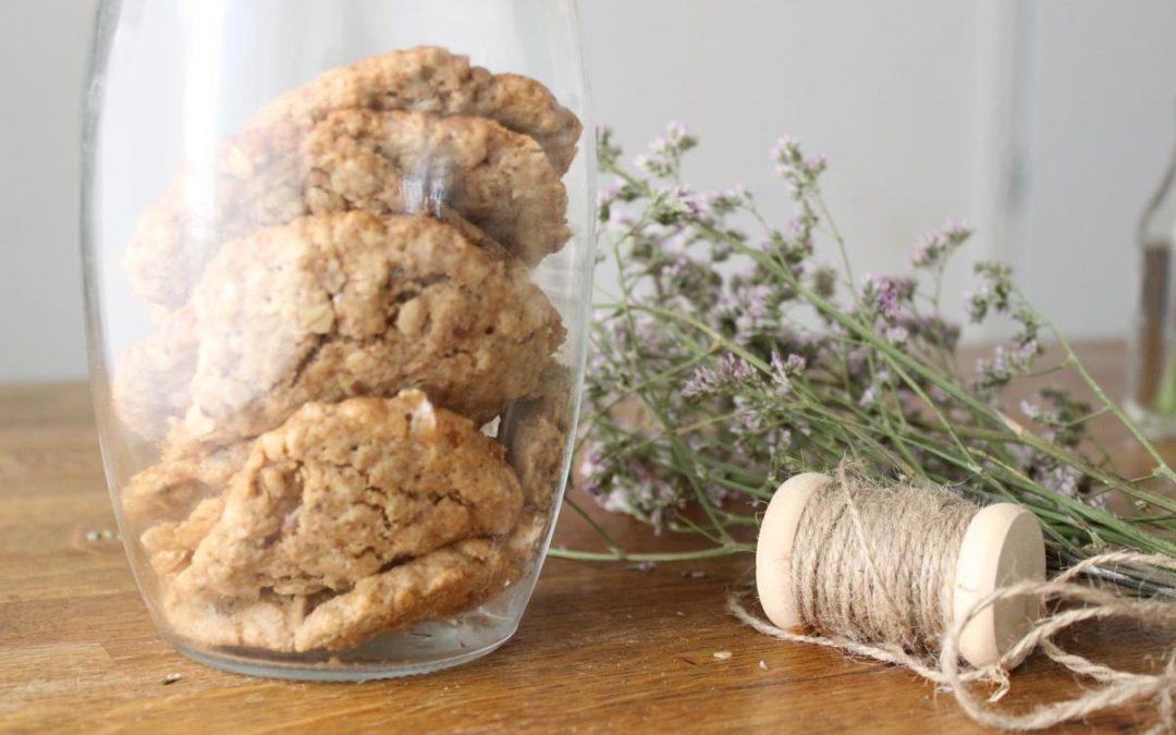 Halva oatmeal cookies
