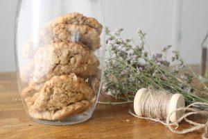 halva-oatmeal-cookies