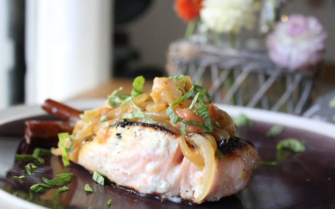 Salmon with spicy peach jam