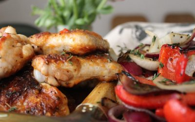 Sweet and spicy wings with antipasti