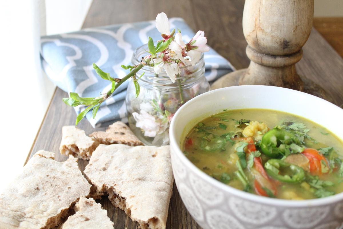 cauliflower-soup-bread