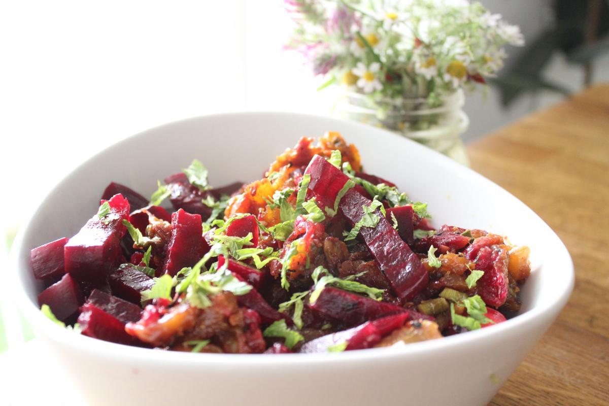 chicken-beet-chutney-salad