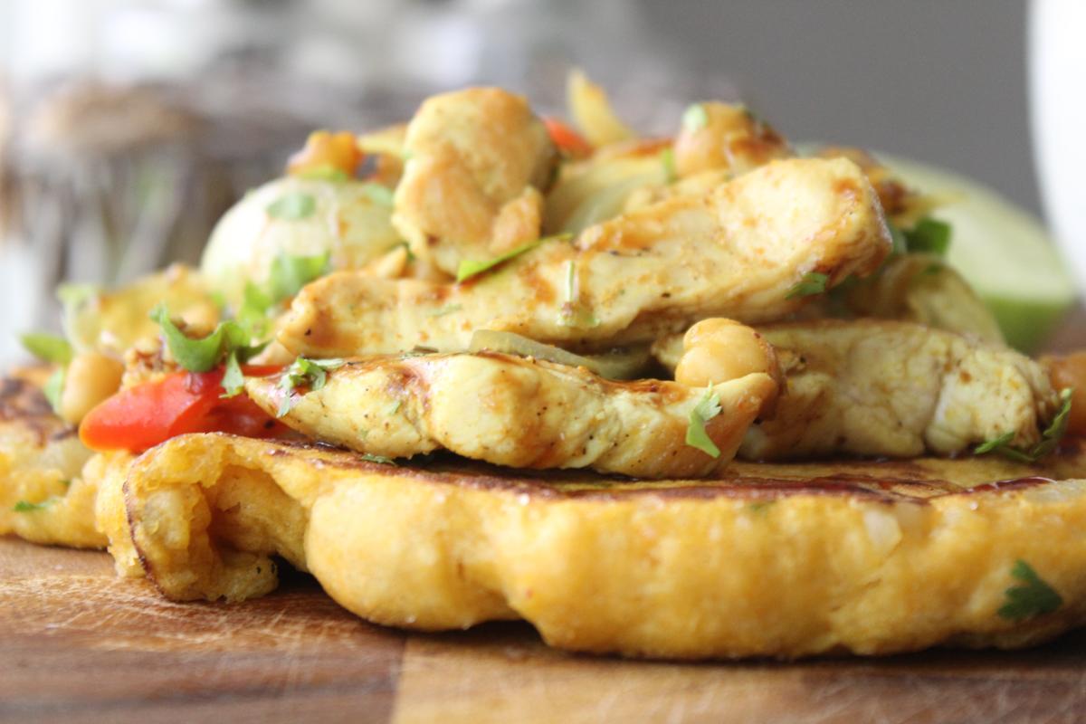indian-flat-bread-spiced-chicken-strips