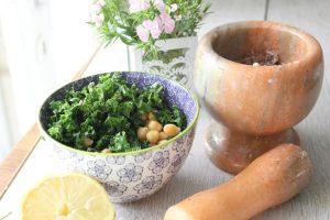 kale-chickpea-salad
