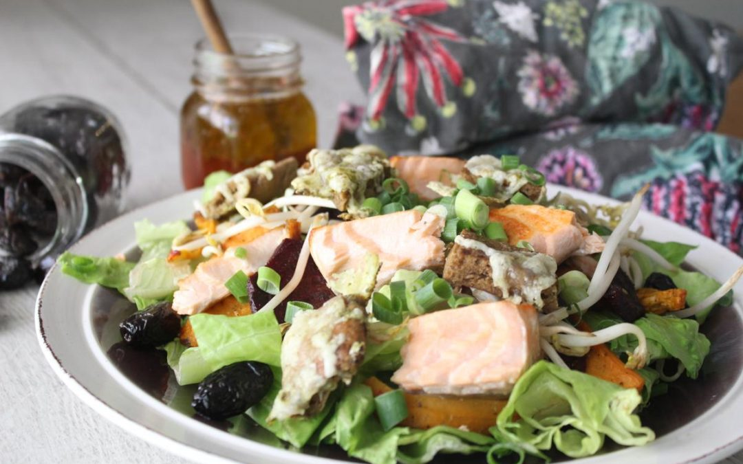 Salmon salad with zaatar cheesy croutons