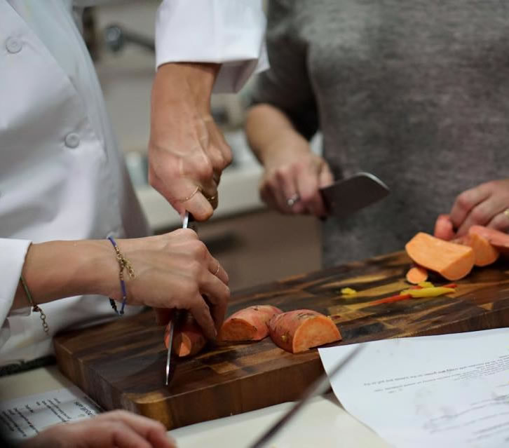 israel-chef-hire-knife-skills-zissie